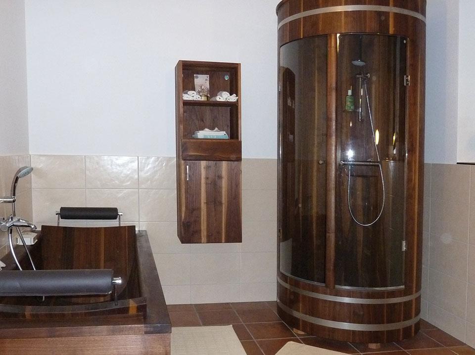 tischlerei kalchgruber waschtische und duschkabinen aus holz. Black Bedroom Furniture Sets. Home Design Ideas